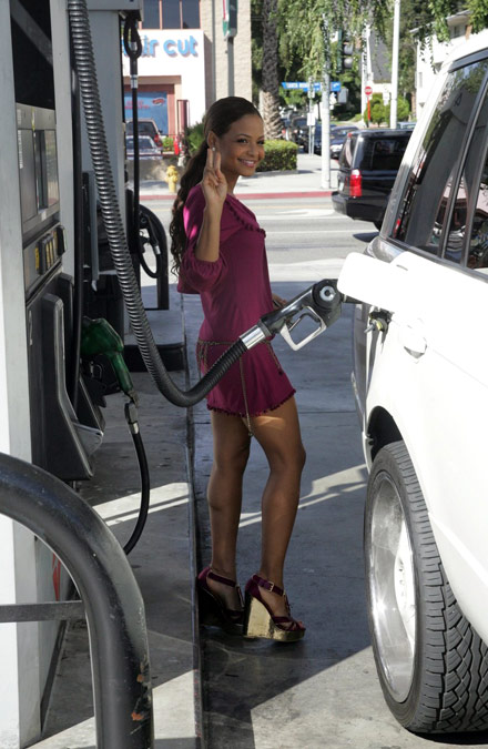 http://www.energyinsights.net/cgi-script/csArticles/uploads/4962/christina-milian-gas%20station.jpg
